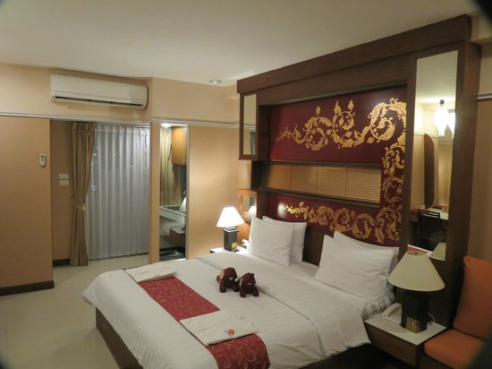 Mariya Boutique Residence at Suvarnabhumi Airport:                   Lovely bedroom