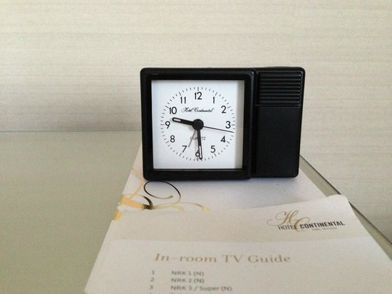 Hotel Continental Oslo:                   Trendy Clock!