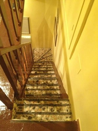 :                   steep stairs that hurt your feet
