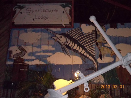 Sportsman's Lodge Motel & Marina:                   Their sign at night!