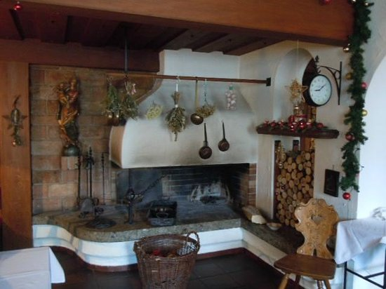 Bruckmuehl, Germany:                                     Dining Room Fireplace