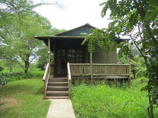 Kwalape Safari Lodge:                   Kwalape cottage