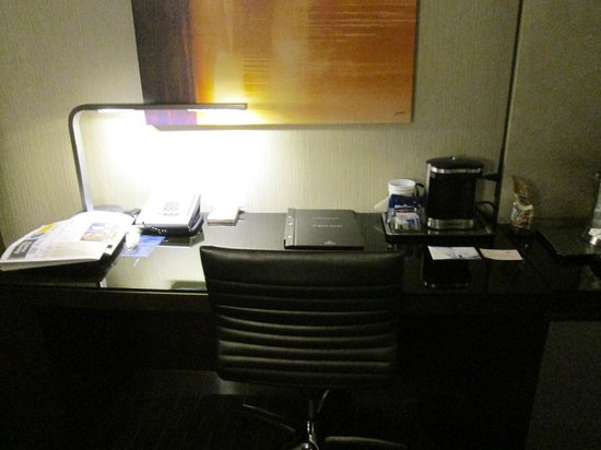 Hilton San Francisco Union Square:                                     Desk in Room 1664, Tower 3