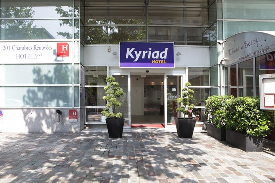 Kyriad Hotel Paris Bercy Village