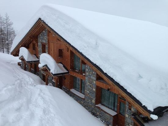 Chalet Matsuzaka Hotel & Spa:                   backdoor of Matsuzaka, reachable from the piste!