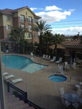Hilton Garden Inn Las Vegas - Strip South:                   Área externa