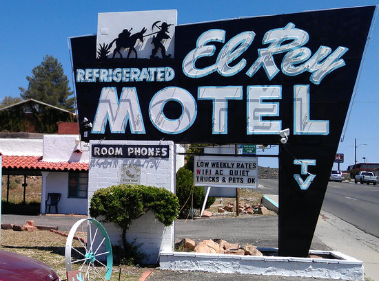 Photo of El Rey Motel Globe