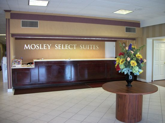 ‪Mosley Select Suites‬