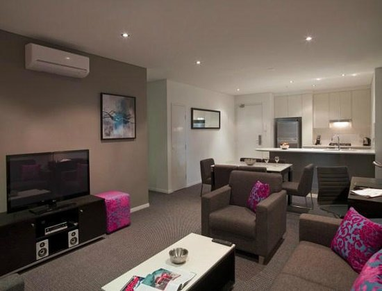 Meriton Serviced Apartments Southport