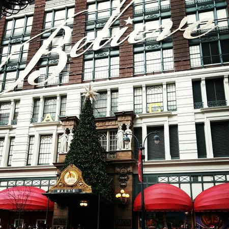 Hilton Garden Inn New York/West 35th Street:                   Macy's was a 5 minute walk from Hilton