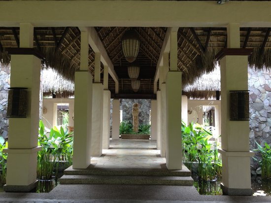 The Banjaran Hotsprings Retreat:                   entrance