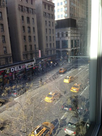 Hilton Garden Inn Times Square: View from our room - 8th Ave