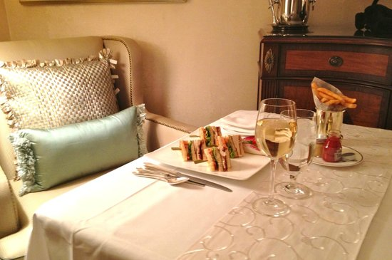 The Pierre, A Taj Hotel, New York:                   Room service