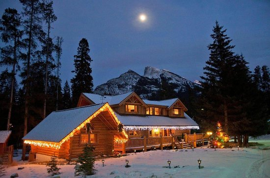 ‪Banff Log Cabin B&B‬