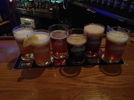 Delafield, WI: Beer Sampler
