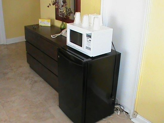 Starlite Hotel:                   Refridgerator and microwave.