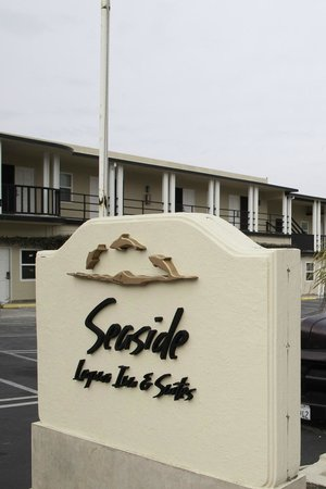 Seaside Laguna Inn & Suites