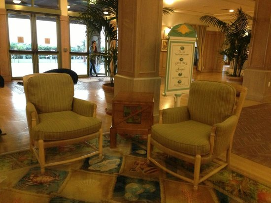 Disney's Vero Beach Resort:                   Lobby Seating