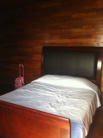 PT. KTM Resort - Batam:                   Queens Sized Bed to FITS ALL