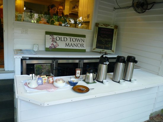 Old Town Manor:                   Coffee