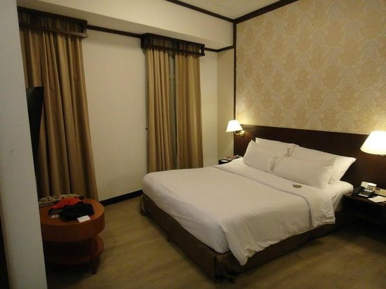 Village Hotel Albert Court by Far East Hospitality:                   清潔で居心地のよい部屋
