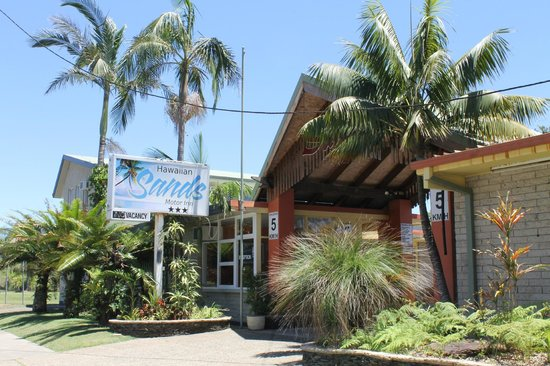 Hawaiian Sands Motor Inn