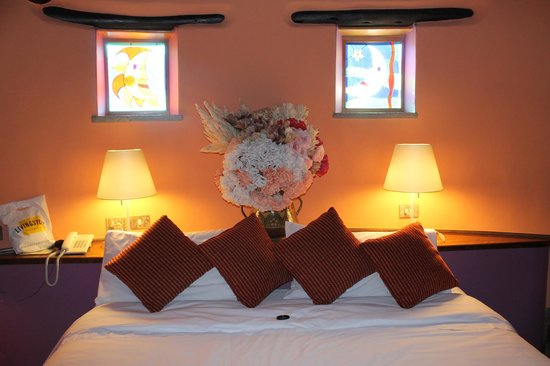 Sol & Luna Lodge & Spa: The bed...