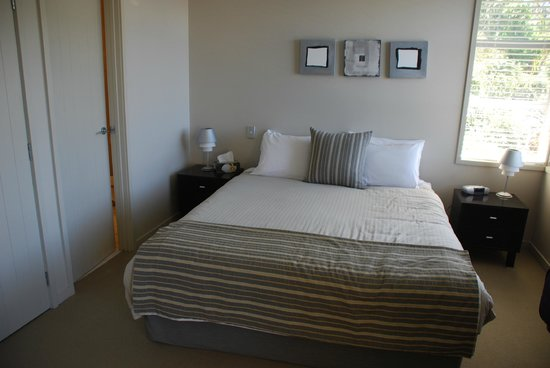 The Sands - Waiheke Island:                   Bedroom