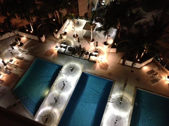 EPIC Hotel - a Kimpton Hotel:                   Pool at night
