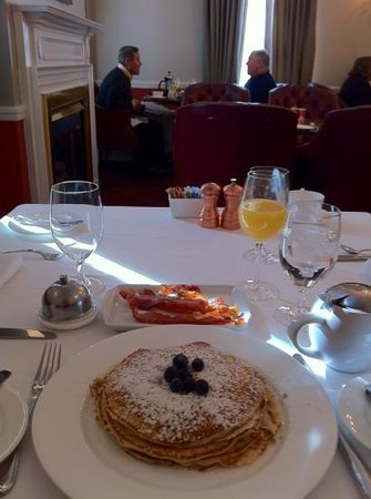 Morrison House, a Kimpton Hotel:                   A quiet Breakfast, with great service.
