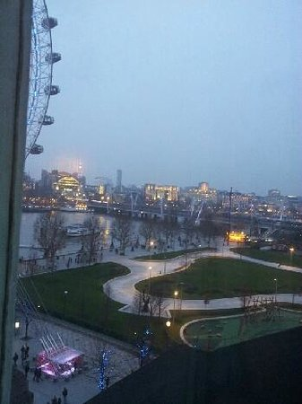 Premier Inn London County Hall Hotel:                   Room with a view