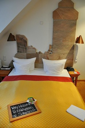 Hotel Drei Raben: A wonderful welcome to my room