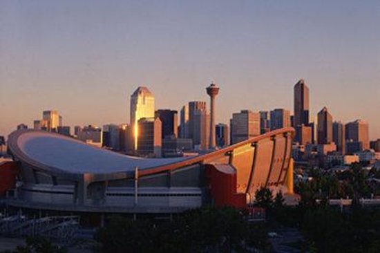 BEST WESTERN PLUS Calgary Centre Inn: Scotiabank Saddledome