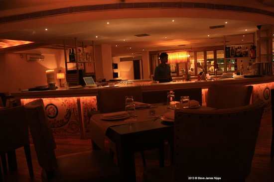 301 moved permanently for Crystal 7 cuisine hyderabad