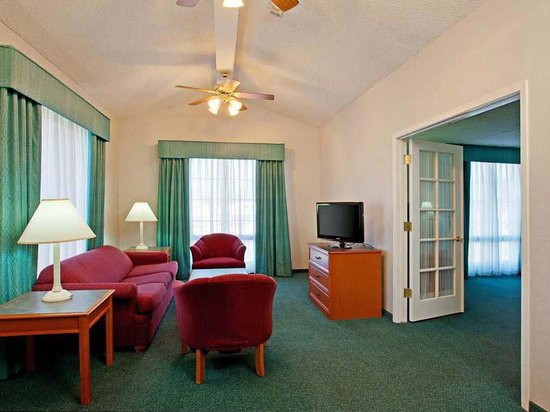 La Quinta Inn San Bernardino: Suite