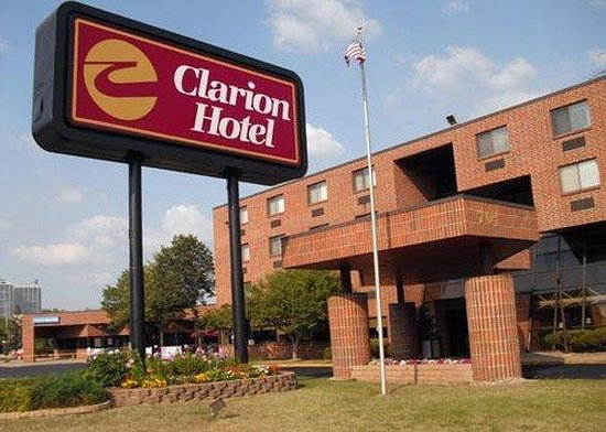 Photo of Clarion Hotel South Saint Paul
