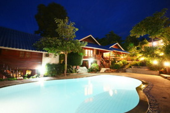 Tharathip Resort: getlstd_property_photo