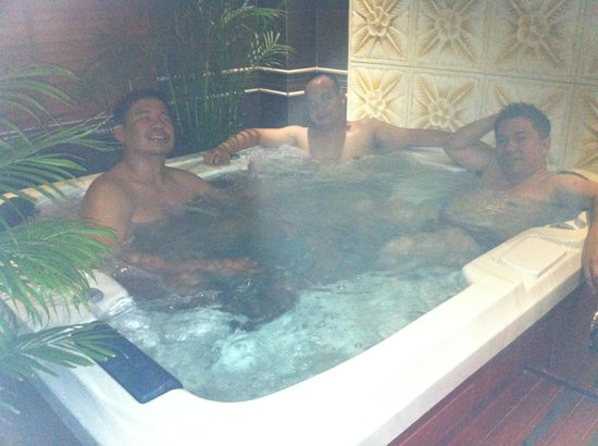 Silverland Hotel & Spa:                   Spa Jacuzzi on the 2nd floor