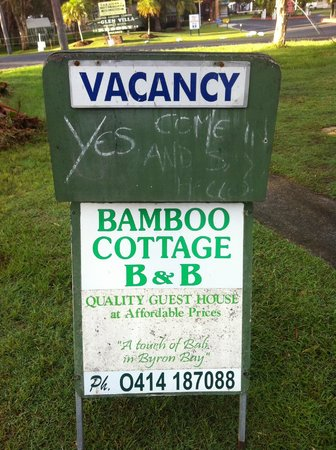 Bamboo Cottage B&B:                   welcome sign