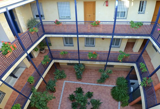 Apartamentos Sevilla: Patio interior