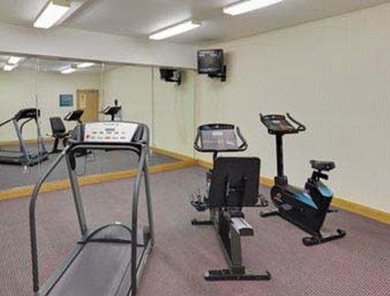 Hawthorn Suites by Wyndham Decatur: Fitness Room