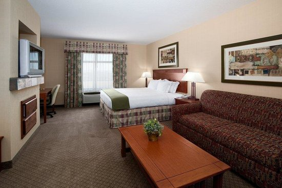 Holiday Inn Express Hotel & Suites Washington: St George Hotel, King Executive with Sofa Sleeper