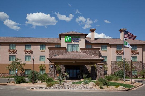 Holiday Inn Express Hotel & Suites Washington: Exterior View St George Hotel with beautiful views from all rooms