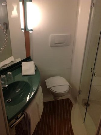 Ibis Amsterdam City Stopera:                   bagno ibis