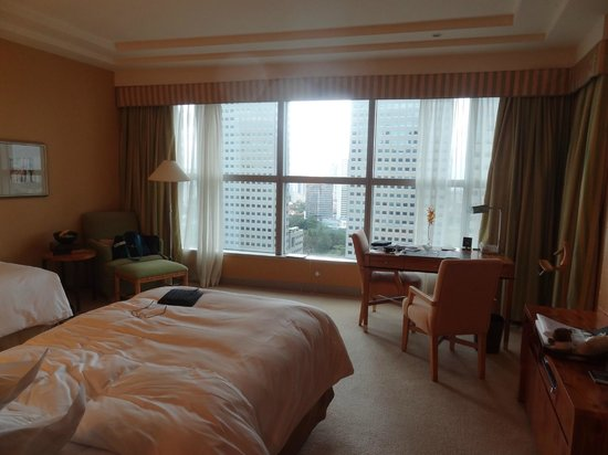 Conrad Centennial Singapore:                   Room