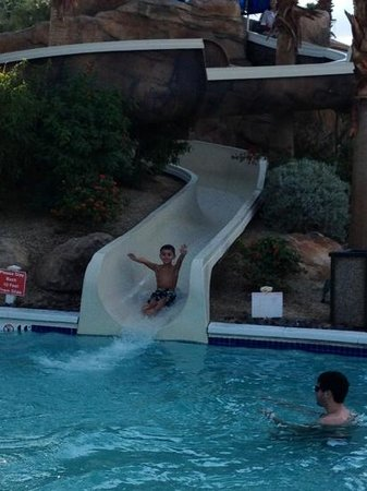 Marriott's Shadow Ridge:                   water slide at kids pool
