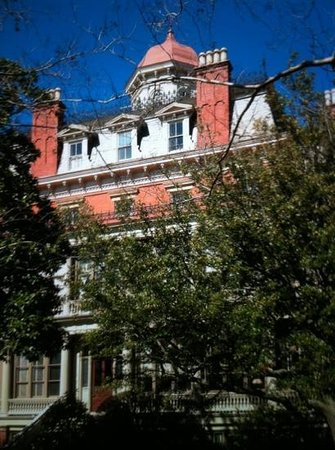 The Wentworth Mansion