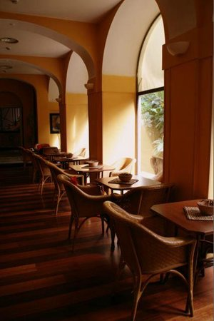 Hotel San Francesco:                   Breakfast area (add soft music to this picture and smile!)