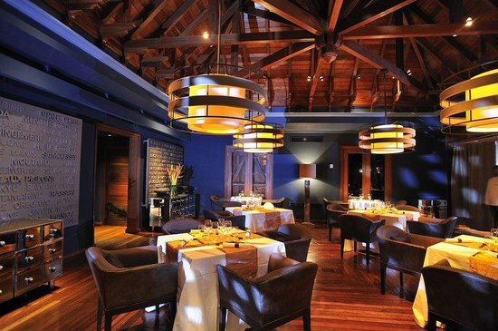 Maradiva Villas Resort and Spa: Cilantro Dining Room