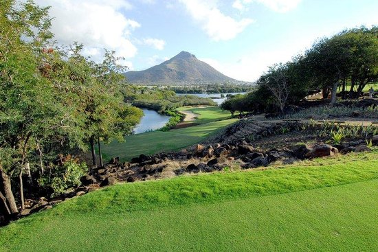 Maradiva Villas Resort and Spa: Tamarina Golf Course